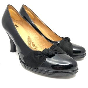 Sofft Black & Suede Patent leather pumps SZ 9